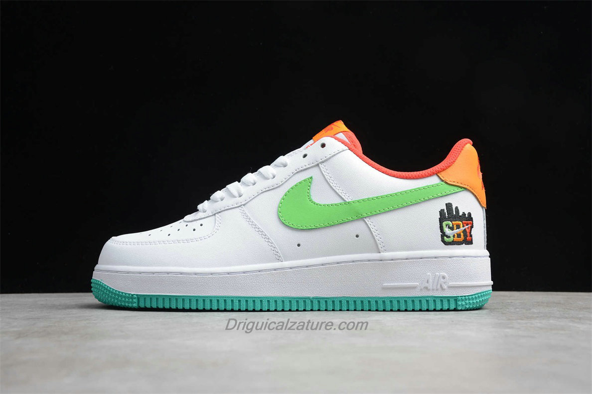 Scarpe Nike Air Force 1 Low 07 LE C07506 146 Bianca / Verde / Arancia